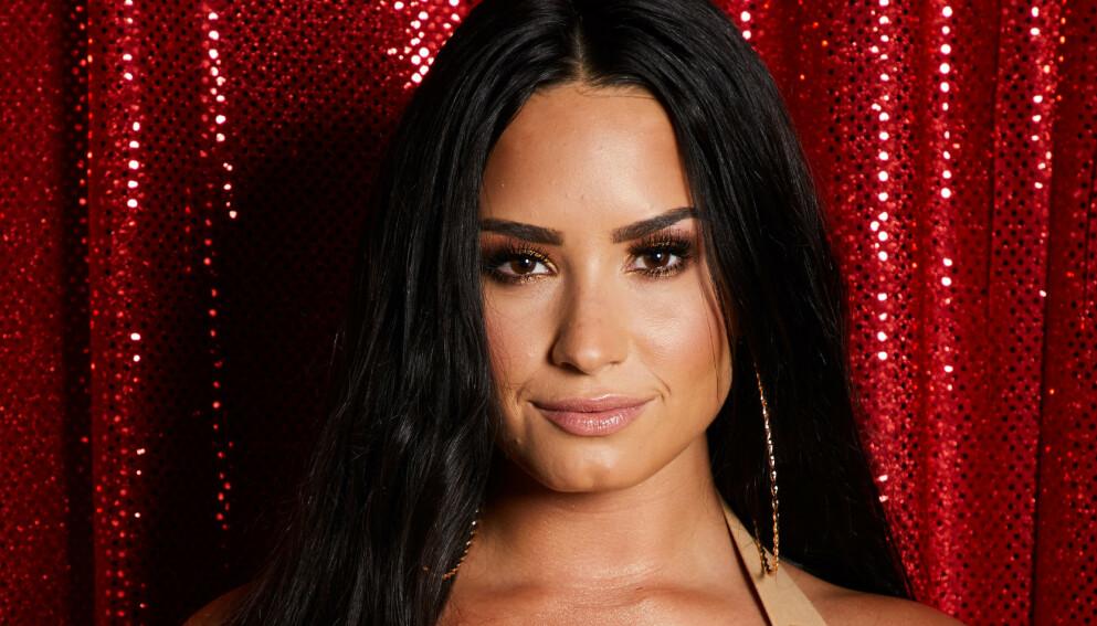 STÅR FRAM: Demi Lovato valgte onsdag å stå fram som ikke-binær. Foto: Sara Jaye Weiss/REX/NTB