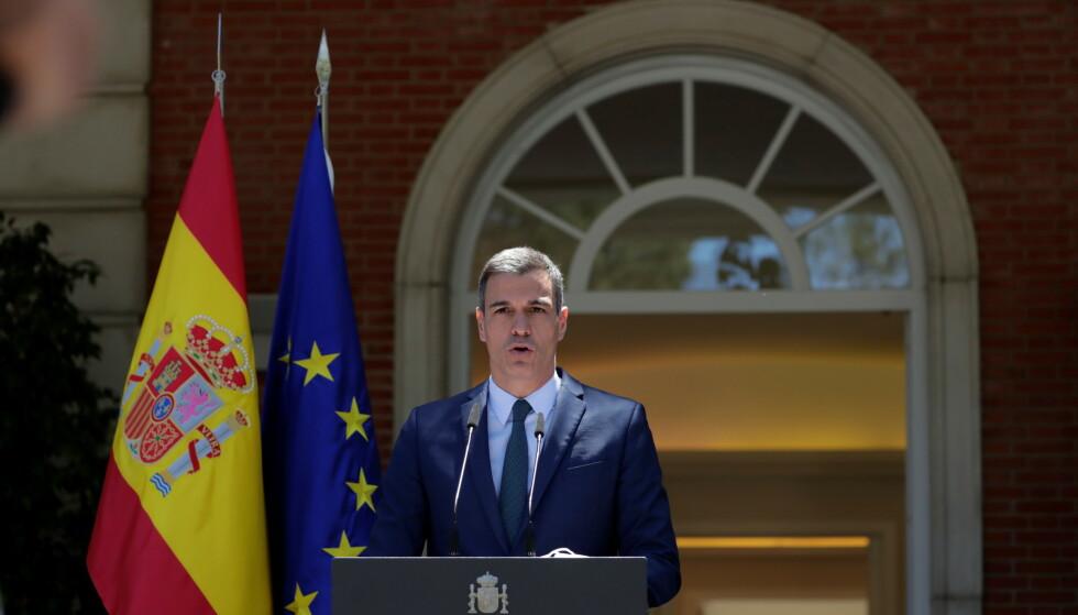 ENDRINGER I PLANENE: Den spanske statsministeren Pedro Sánchez dro til Ceuta for å ta styring på situasjonen. Foto: Manu Fernandez/Pool via REUTERS