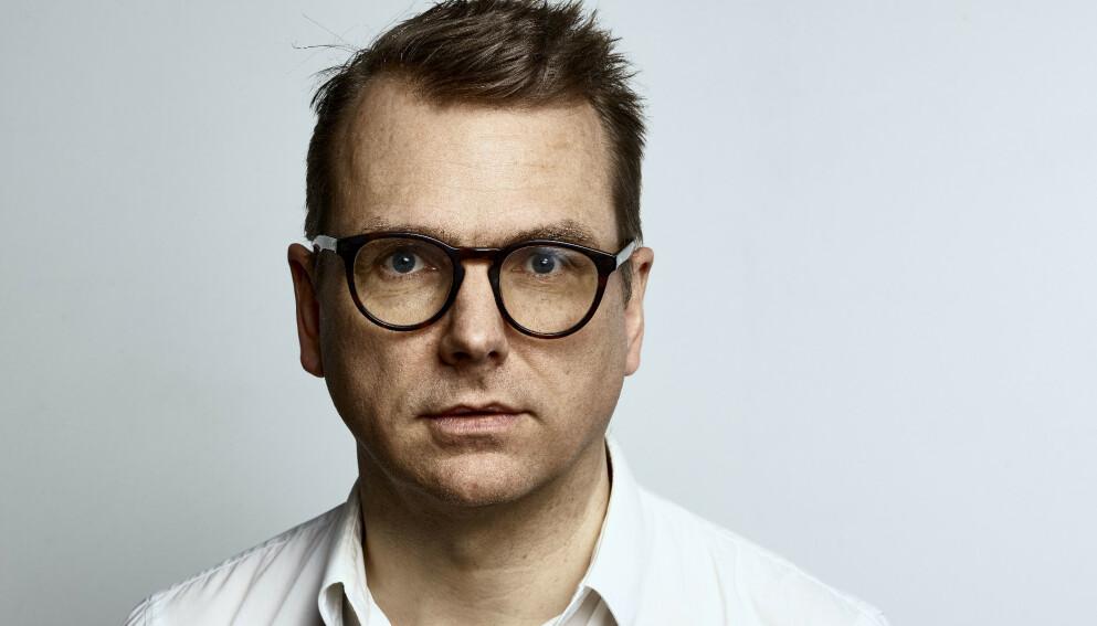 MATTIS ØYBØ: Forfatter og forlagsredaktør, nå ute med sin femte roman. Foto: OKTOBER