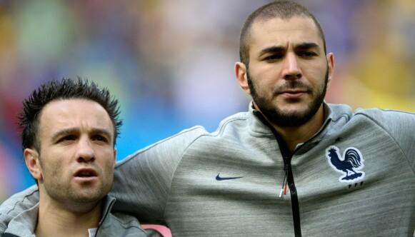 LAGKAMERATER: Mathieu Valbuena og Karim Benzema under VM i 2014. FOTO: FRANCK FIFE / AFP