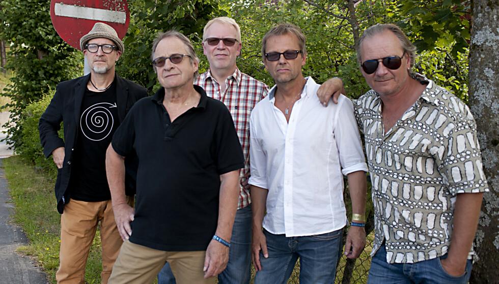 SLITESTERKT BAND: Norsk Utflukt har eksistert i 30 år. Fra venstre: Lars Saabye Christensen, Kåre Virud, Tore Wildhauer, Espen Fjelle og Baard Slagsvold. Foto: Morten Gjerde
