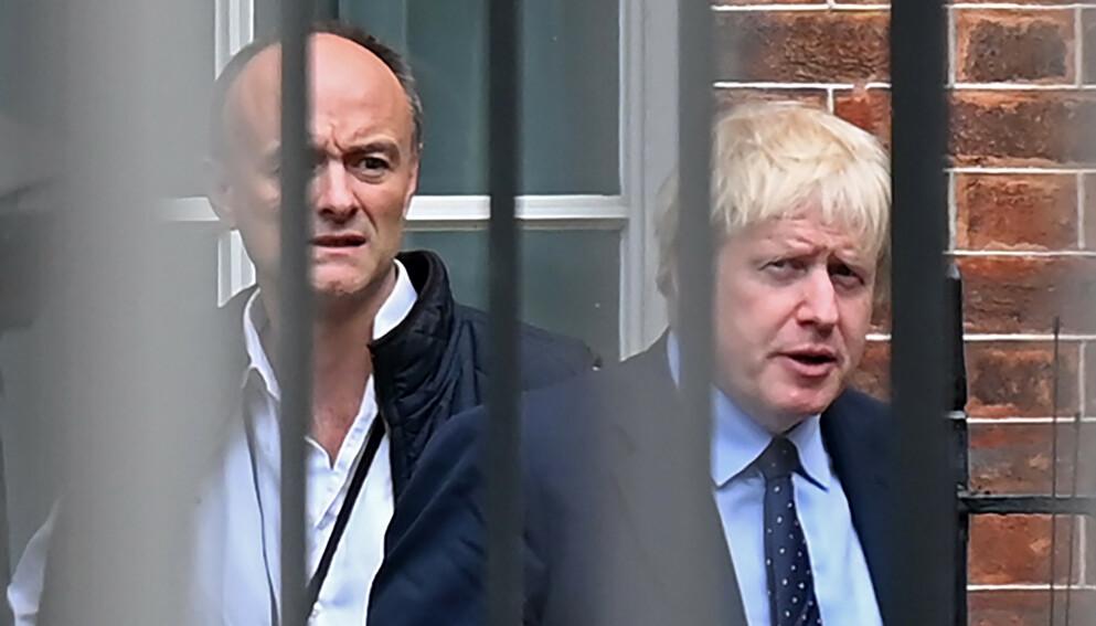 TIDLIGERE RÅDGIVER: Dominic Cummings (t.h.) er tidligere rådgiver for statsminister Boris Johnson. Foto: NTB