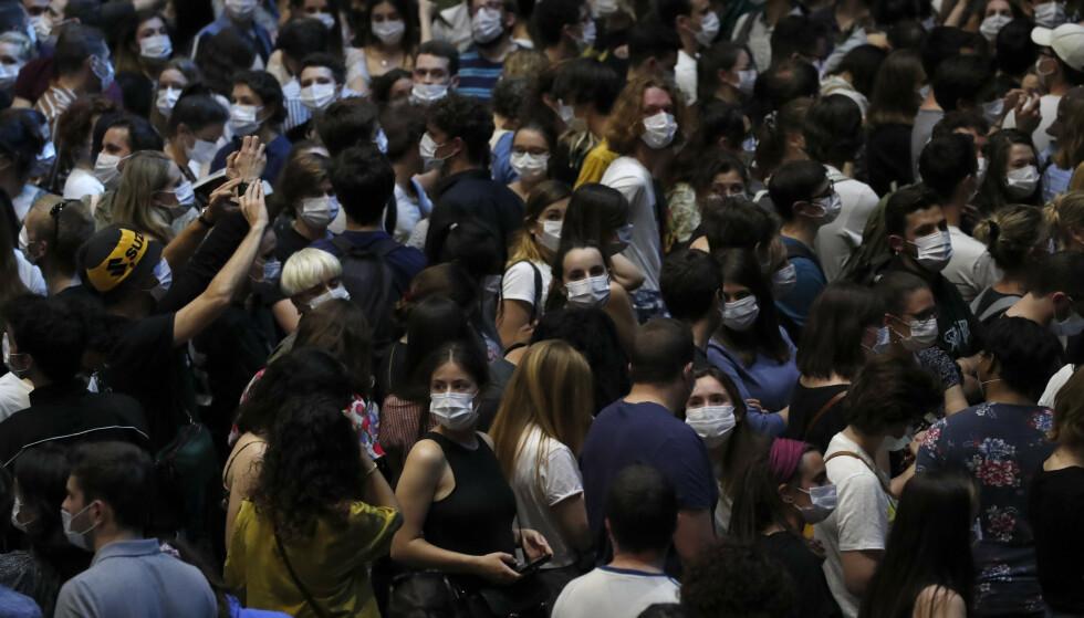 PARIS: Publikum vil bli testet igjen denne uka. Foto: Reuters / NTB