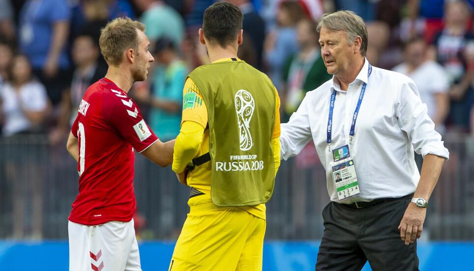 TAKKNEMLIG: Christian Eriksen (til venstre) mener danskene har mye å takke Åge Hareide for inn mot mesterskapet denne sommeren. Foto: Svein Ove Ekornesvåg / NTB