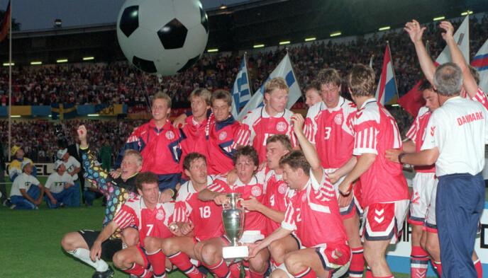 DANSKE DRÆNGER: Danmark sjokkerte verden med å vinne EM i 1992. Foto: Colorsport/REX