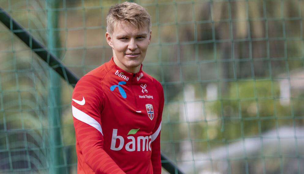 TAUS: Martin Ødegaard ville ikke si noe om klubbframtida. Foto: Geir Olsen / NTB
