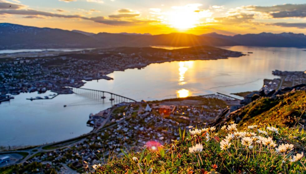 SMITTE: Tromsø kommune håper å unngå en ny nedstenging. Foto: Shutterstock / NTB