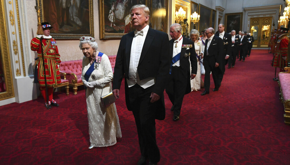 MØTTES: Dronning Elizabeth møtte daværende president, Donald Trump, i 2019. Foto: Victoria Jones/Pool Photo via AP