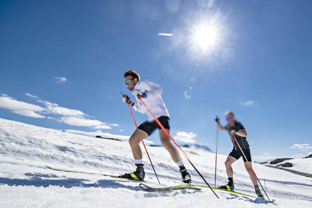 HAR GLEDET SEG: Emil Iversen i aksjon under treningsleiren på Sognefjellet. Foto: Bjørn Langsem