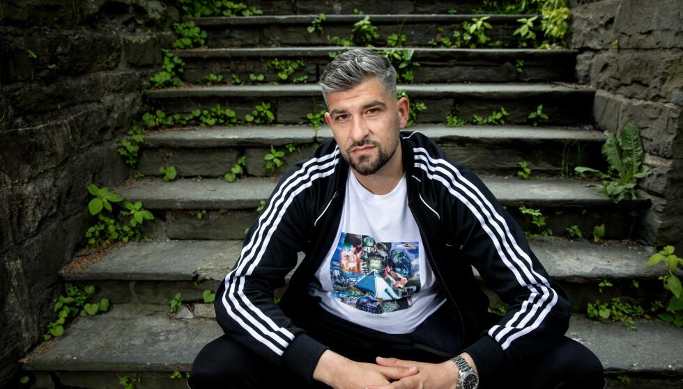 PROGRAMLEDER: Leo Ajkic håper at «Hev stemmen» kan sette dagsorden og inspirere til handling. Foto: Eivind Senneset
