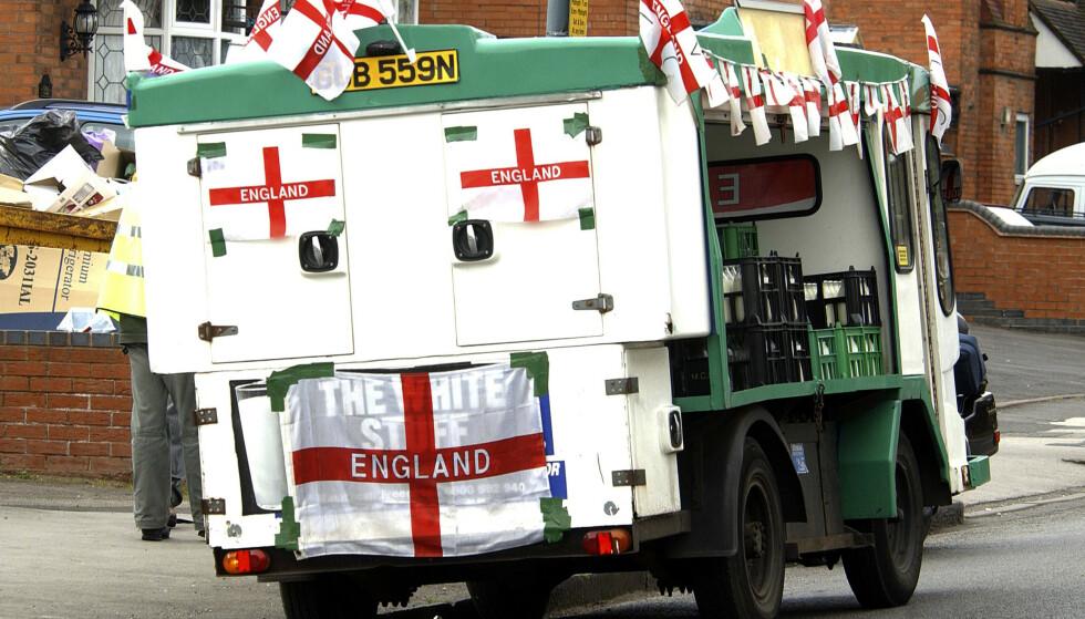 DET ENGELSKE FLAGGET: Det er den engelske, ikke den britiske, nasjonalismen som var den sterke driveren bak brexit. I Nord-Irland og Skottland var det henholdsvis 56 og 62 prosent som ønsket å bli i EU, skriver innsenderen. Foto: Jamie Jones / REX / NTB