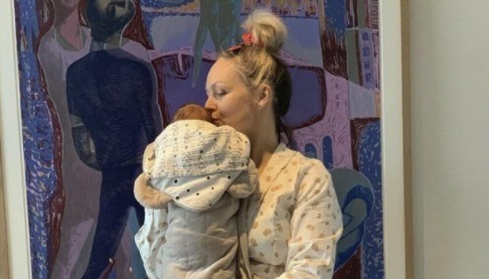 TOBARNSMOR: Mariann Thomassen fikk sin andre datter i mai. Foto: Privat