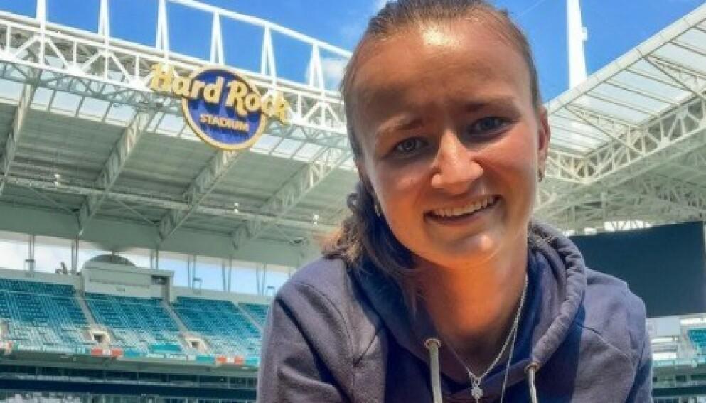 ÅPNER OM: Barbora Krejcikova forteller at hun måtte låse seg inne før fjerde runde kampen i French Open. Foto: Instagram