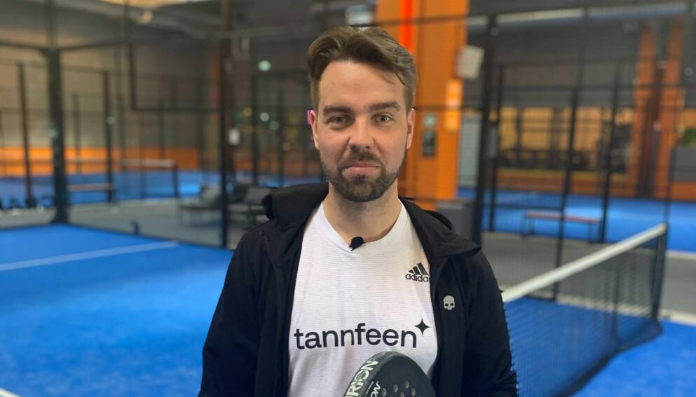 PROFIL: Vi ble med Fredrik Ask på en padel-trening på PDL Center Økern. I flere videoklipp i denne saken viser han hva som skal til for å bli god i padel, som er en slags blanding av squash og tennis. Foto: Endre Lübeck