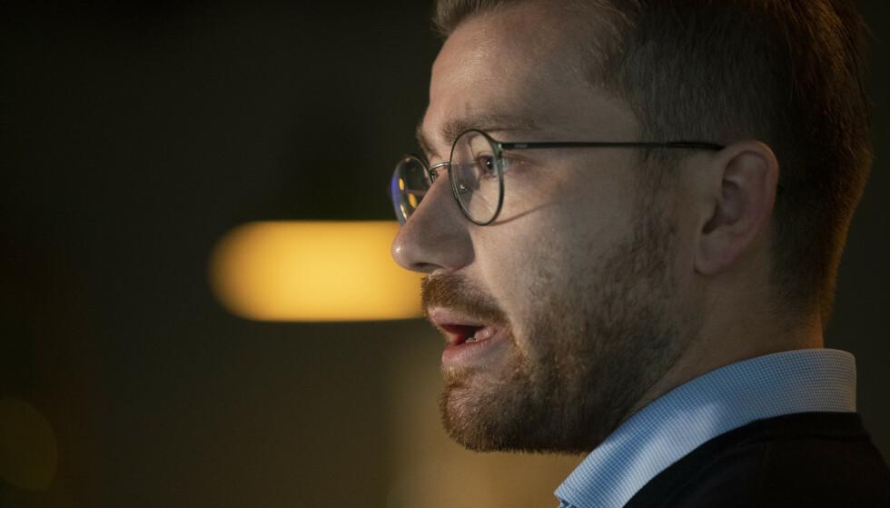 BEKYMRET: Klima- og miljøminister mener det går mot en Ap/Sp-regjering. Foto: Berit Roald / NTB