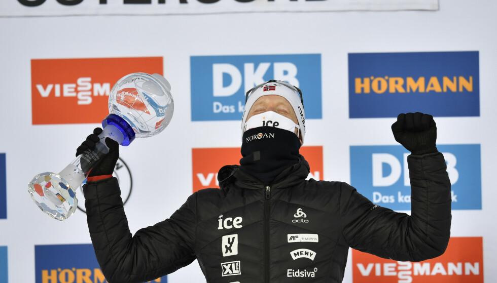 STJERNE: Johannes Thingnes Bø vant verdenscupen sammenlagt forrige sesong. Foto: Anders Wiklund/TT / NTB