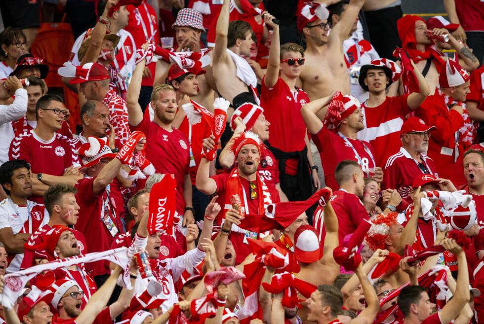 GLEDE PÅ FORSKUDD? Danske fans gledet seg over å møte Tsjekkia i stedet for fotballstormakten Nederland. Det er en misforståelse. FOTO:.Foto: Svein Ove Ekornesvg / NTB