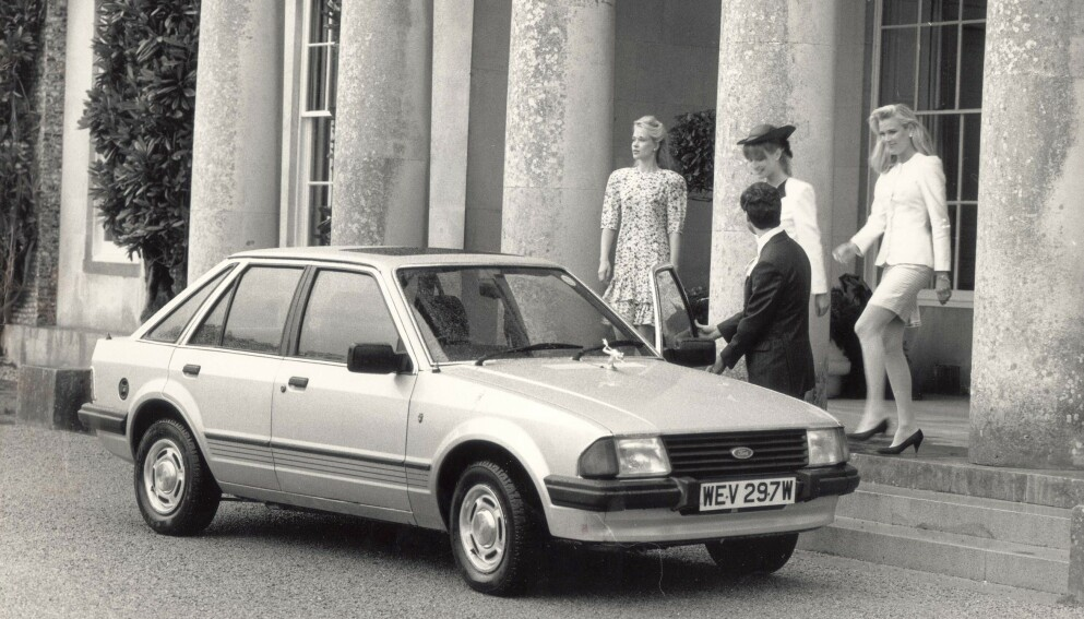SELGES: Prinsesse Diana fikk denne bilen i gave av prins Charles. Nå selges bilen på auksjon. Foto: Graham Trott /Daily Mail /REX