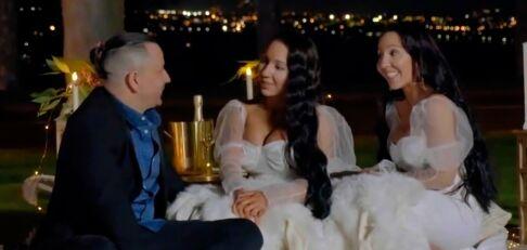 Tvillingene forlovet med samme mann