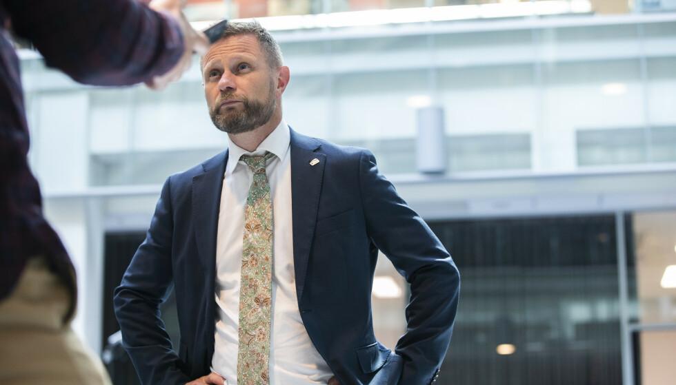 REGLER FOR CORONAPASSET: Helse- og omsorgsminister Bent Høie la i dag fram reglene for bruk av coronapasset. Foto: Berit Roald / NTB