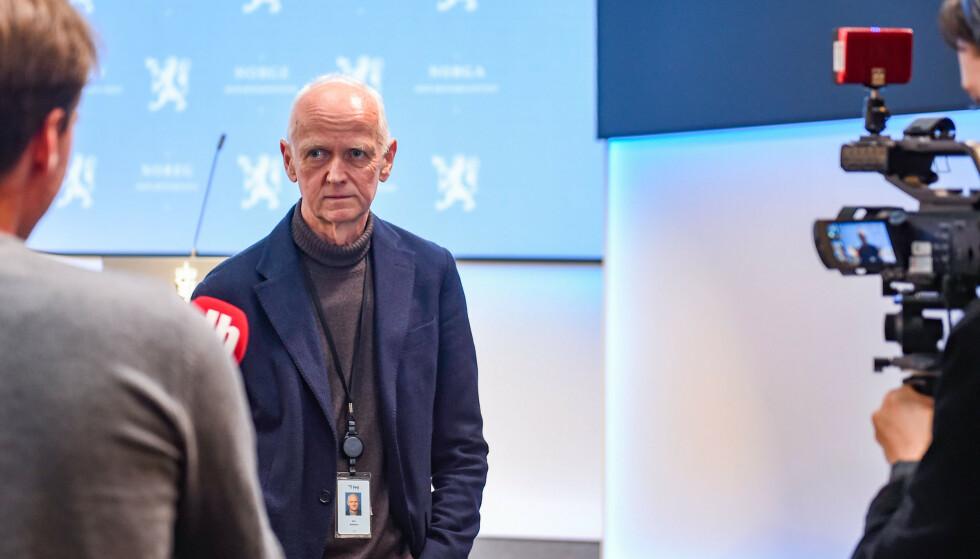 FHI: Smitteverndirektør Geir Bukholm, her avbildet under intervju etter pressekonferanse om vaksinasjonsstrategi. Foto: Annika Byrde / NTB