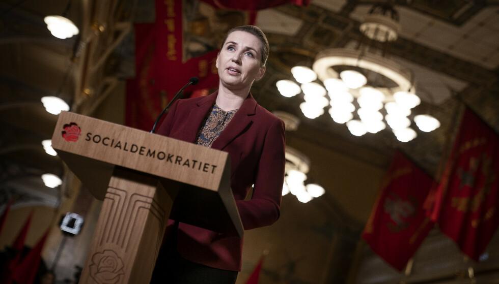 FOLKELIG TRADISJON?: Det danske sosialdemokrartiets leder, Mette Frederiksen, legemliggjør omfavnelsen av en sterk folkelig tradisjon, som i hennes oppfatning også innebærer en motvilje mot innvandrere, skriver kronikkforfatteren. Foto: Liselotte Sabroe/ Ritzau / NTB