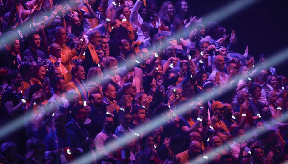FULL SAL: Under årets Eurovision-finale fikk 3500 mulighet til å se showet live på Ahoy arena i Rotterdam. Fem av disse skal nå ha fått påvist smitte. Foto: NTB