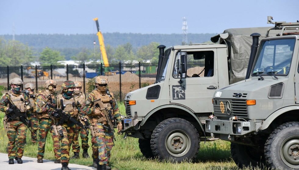 LETTE: Tungt bevæpnede soldater har søkt etter Conings i over en måned. Her fra tidligere i juni. Foto: Pino Misuraca / Belga / AFP / NTB