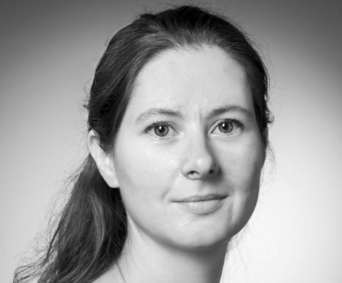 VAKSINE-NEI: Vaksine-ekspert Gunnveig Grødeland ved Universitetet i Oslo mener at Norge ikke bør vaksinere barn, men at det eventuelt kan vurderes om smittesituasjonen forverrer seg. Foto: Øystein Horgmo / UiO
