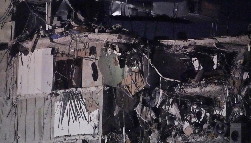 - MINST EN DØD: Minst én personer er omkommet, ifølge lokale medier. Foto: NTB