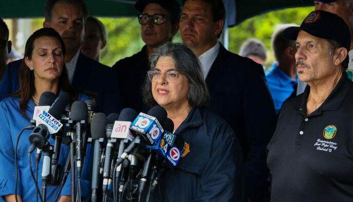 FYLKESORDFØRER: Fylkesordfører for Miami-Dade Danielle Levine Cava under en pressekonferanse. Foto: NTB / Eva Marie UZCATEGUI / AFP