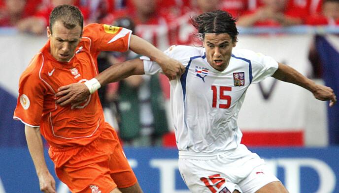 Vergelijkbaar: Arjen Robben werd ook in 2004 gewisseld ondanks grote partijen in de EK-wedstrijd tegen Tsjechië.  Foto: AFP