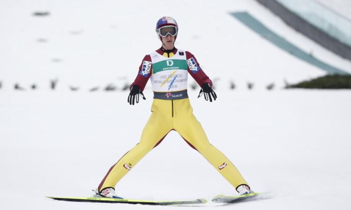 BAKKEREKORD: Gregor Schlierenzauer hoppet 111,5 meter i Midtstubakken i 2011. Han deler bakkerekorden med kombinertløper Jarl Magnus Riiber. Foto: Håkon Mosvold Larsen / NTB
