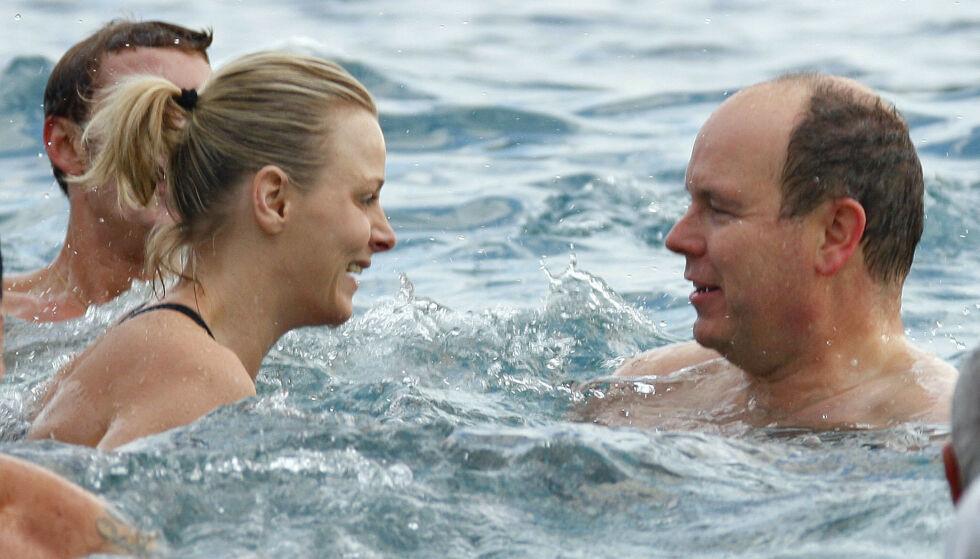 KJÆRLIGHETEN BLOMSTRER: Paret møttes for 21 år siden. Her er de avbildet i 2009, året før de forlovet seg. Foto: Valery Hache / AFP Photo / NTB