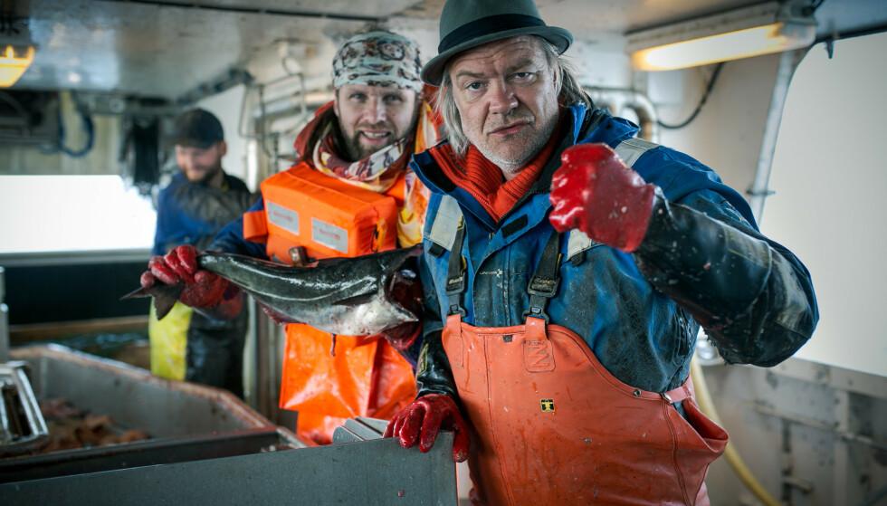 FISKETUR: Aune Sand og Alex Rosén (til h.) sammen på fiskebåt. Foto: Tor-Even Mathisen