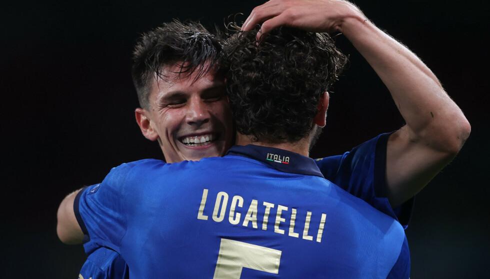 SUPERDUO: Matteo Pessina og Manuel Locatelli har en fortid i AC Milan. Nå herjer de for Italia. Foto: Pool via REUTERS/Carl Recine