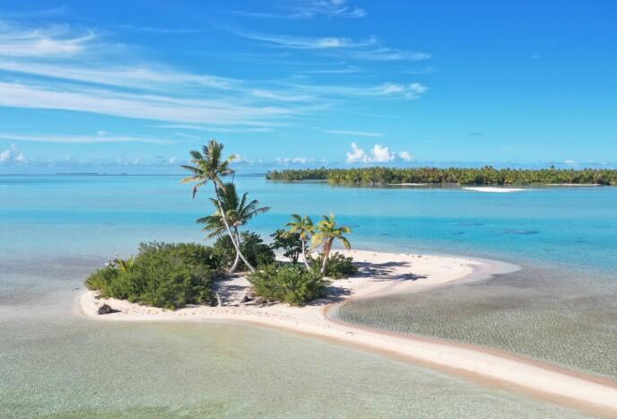 TOAU: Dette er en del av øya Toau, der Frederik Hovmøller og Emil Rued Schleicher bodde på da coronapandemien brøt ut. Foto: Privat