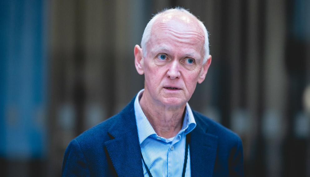 REGNESTYKKE: Smitteverndirektør Geir Bukholm har presentert et anslag om vaksineeffekt mot deltavarianten som blir møtt med både kritikk og støtte. Foto: Stian Lysberg Solum / NTB