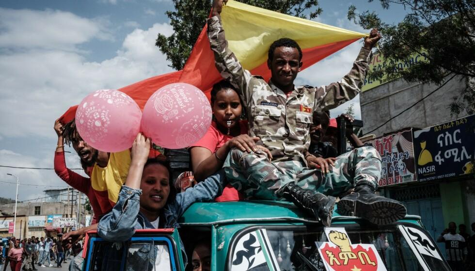 TIGRENE VINNER: Triumferende tigrayske soldater vendte for ei uke siden tilbake til provinshovedstaden Mekele. Foto: AFP / NTB