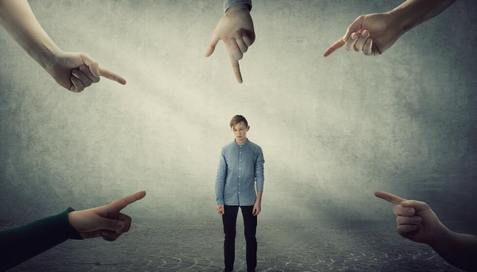 KRIMINELL: Ungdom på ruskontrakt må identifisere seg som kriminell opptil 156 ganger på ett år! Hvordan skal dette kunne være til hjelp? spør kronikkforfatteren. Foto: Shutterstock