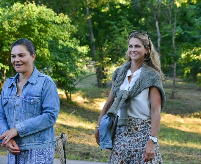 Summer Dress: Victoria and Madeleine came to the concert in light and casual summer outfits.  Photo: Magnus Johnson