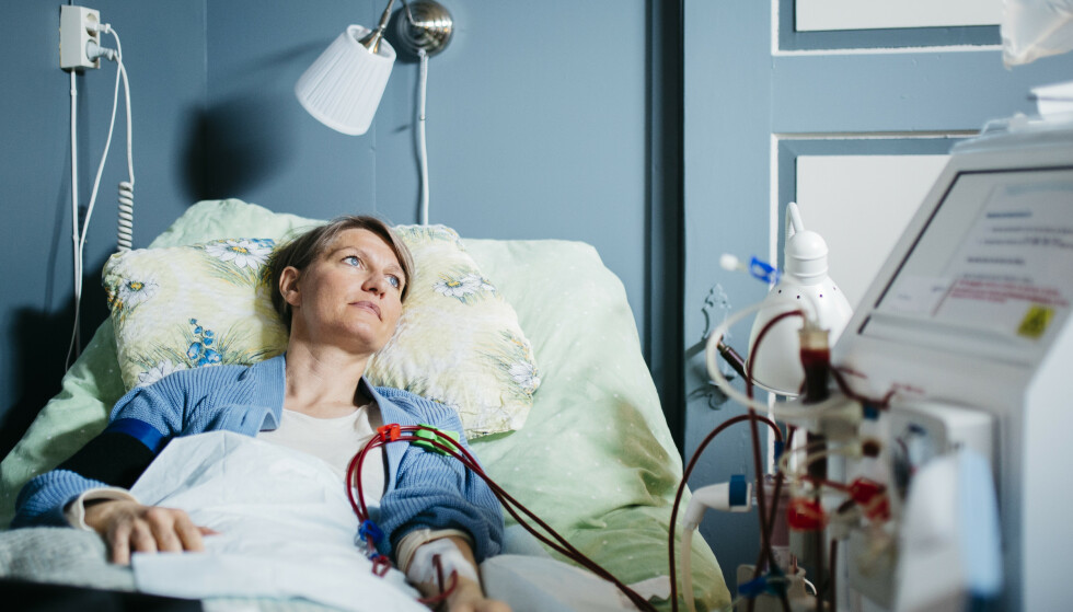 SYK: Stina Nordine venter fortvilet på et nytt organ. Hun håper flere melder seg som organdonor i Norge. Foto: Karoline O. A. Pettersen.
