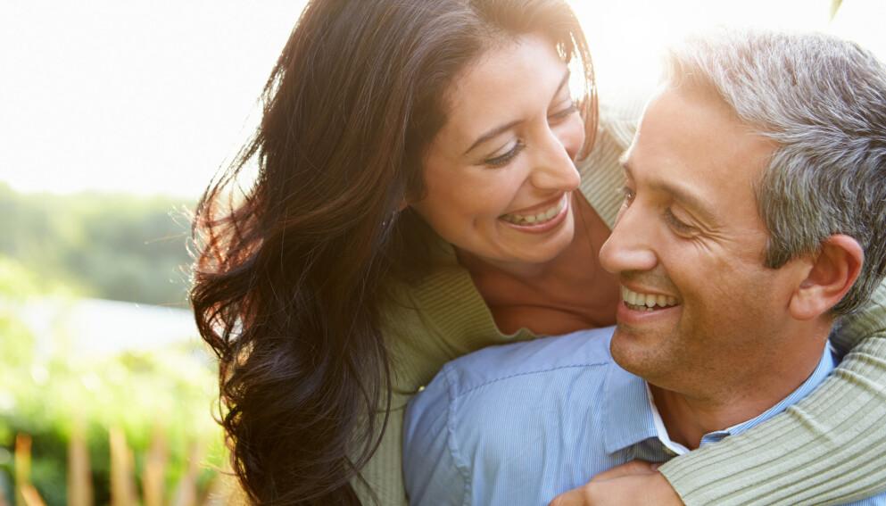 DYRK KJÆRLIGHETEN: De fleste ønsker å ta vare på kjærligheten de hadde funnet, men det er lett å glemme hvordan det bør vedlikeholdes. Det temaet tar parterapeut Bjørk Matheasdatter for seg i denne artikkelen. Foto: Shutterstock / NTB