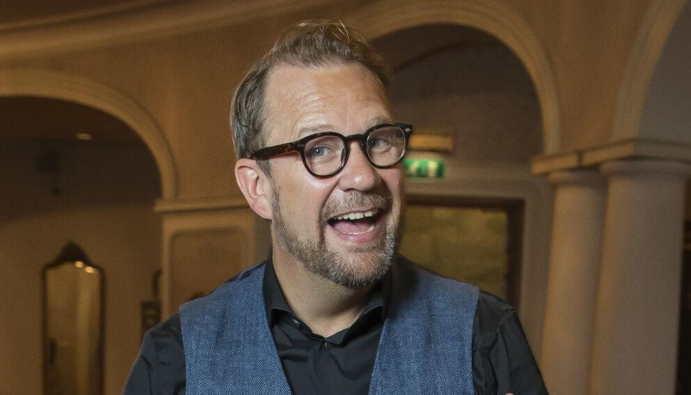 IKKE LENGER SINGEL: Bjarte Hjelmeland har all grunn til å smile om dagen. Foto: Tore Skaar / Se og Hør