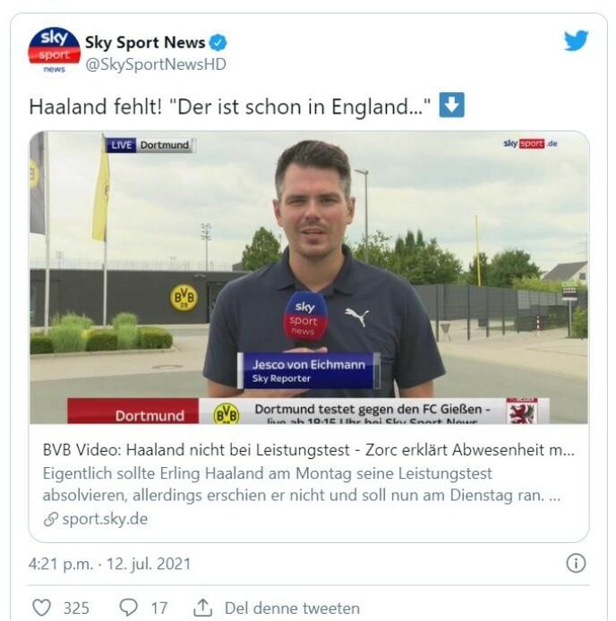 I NYHETENE: En reporter fra Sky Tyskland er på plass utenfor Dortmunds treningsanlegg.