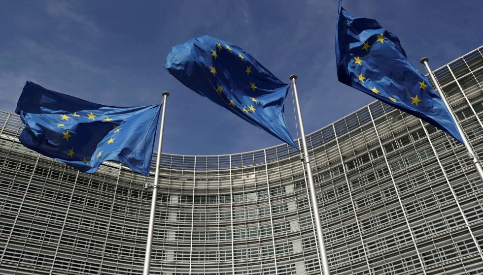 NØYER SEG IKKE: I EU nøyer man seg ikke lenger med å sette klimamål, nå skal det også lages planer, lover og pålegg for hvordan målene skal nås, skriver artikkelforfatteren. Her fra EUs hovedkvarter i Brussel. Foto: Yves Herman/Reuters