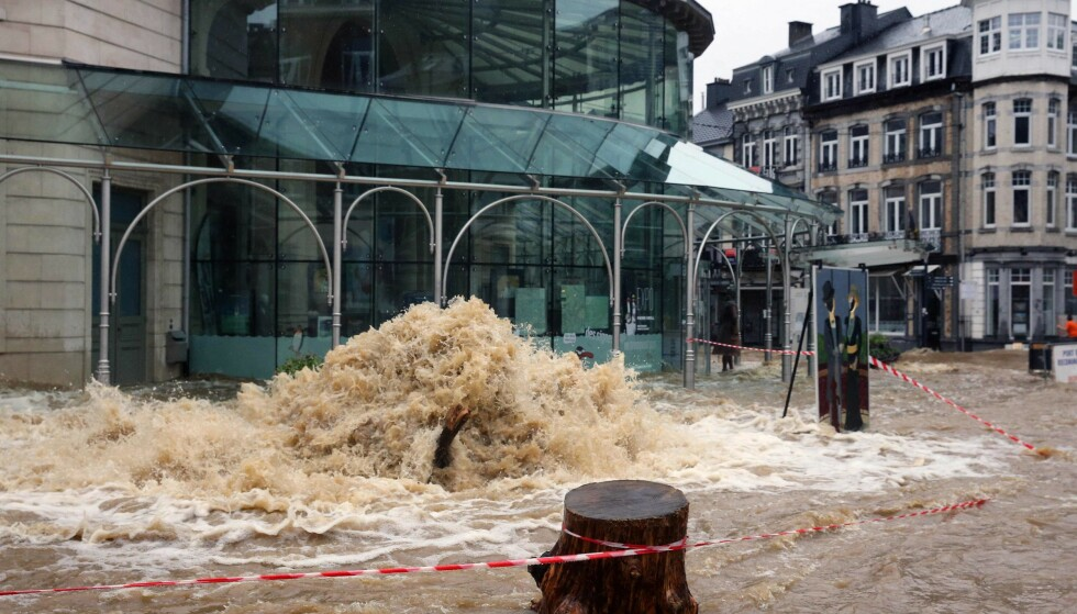 Blood: There was a lot of water on the streets of the Belgian city of Spa on Thursday morning.  Photo: Francis Wolverts / AFP / NDP