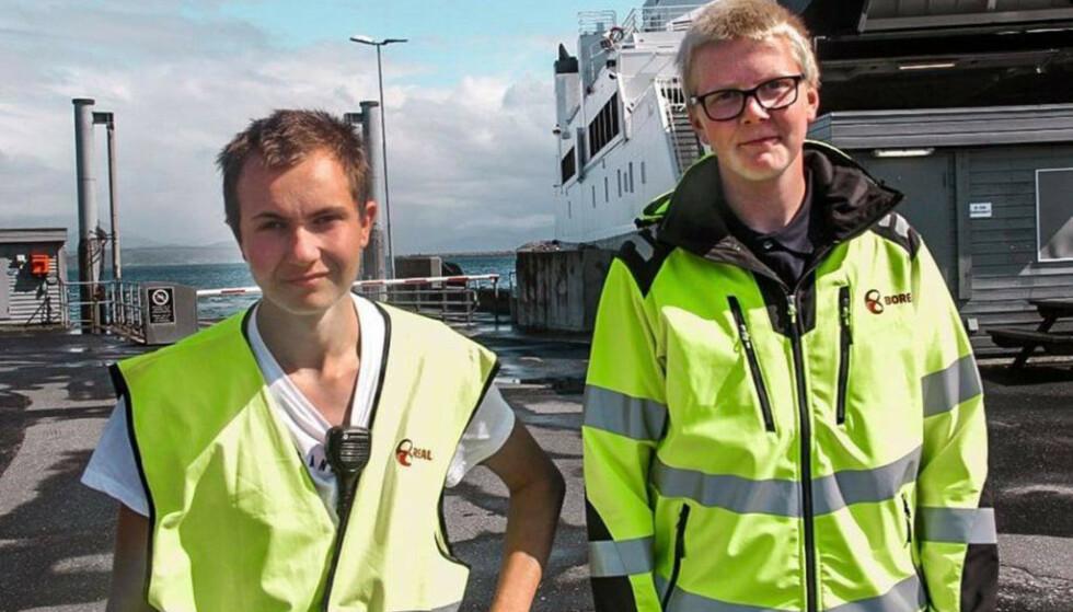 HETSES: Julian Vangstad (t.v.) og Henrik Mathisen har sommerjobb i Boreal, men har ikke bare hyggelige opplevelser. Bildet er gjengitt med tillatelse fra begge. Foto: Per-Arne Rødli Rønning / Boreal