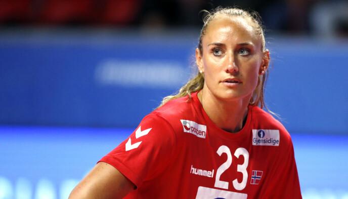 HÅP: Camilla Herrem krysser fingrene for at OL går som planlagt. FOTO: NTB