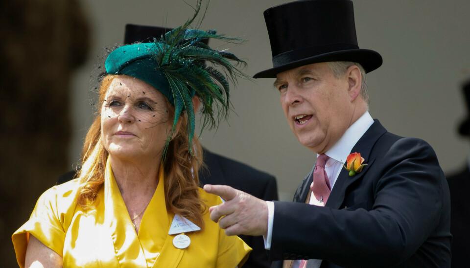 SKILT: Sarah Ferguson var gift med prins Andrew fra 1986 til 1996. Tida i det britiske kongehuset var langt fra rosenrød. Foto: Shutterstock / NTB
